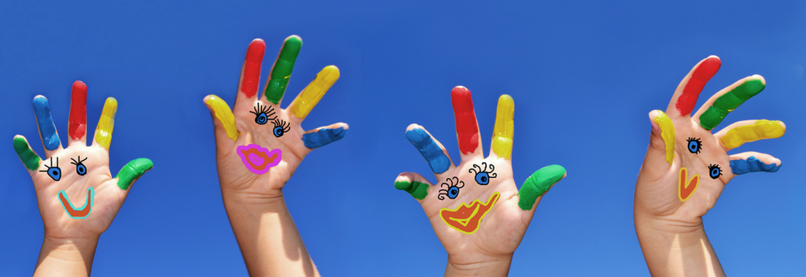 Slider Spielen mit bunten Händen